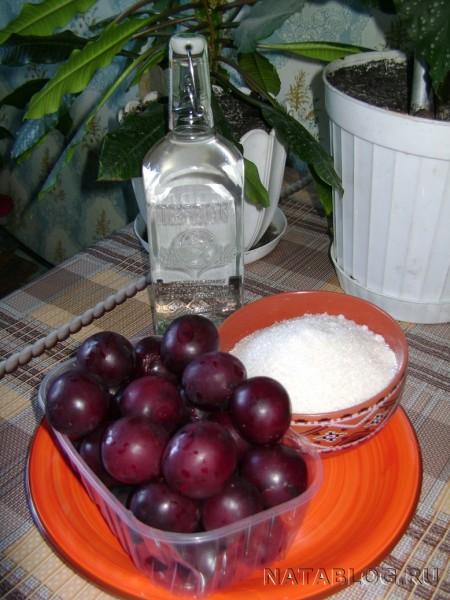 Ингридиенты для ликера из ягод