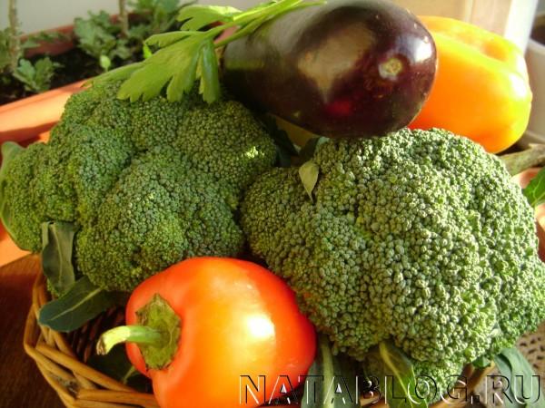Брокколи с овощами